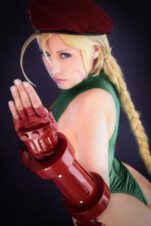 cosplays of katta ramos cammy street fighter
