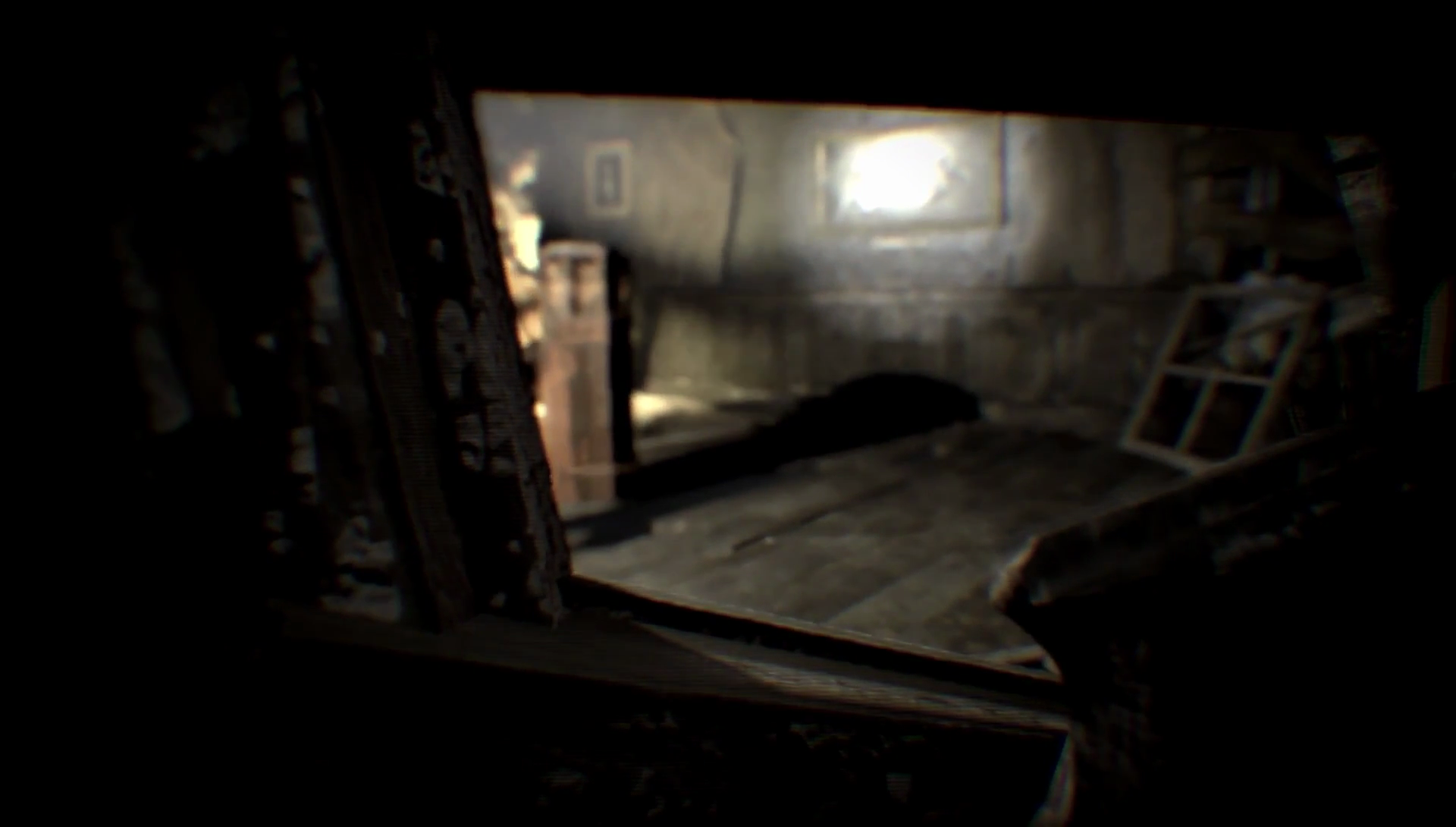 New Resident Evil 7 Gamescom Trailer Shows Player Being Hunted