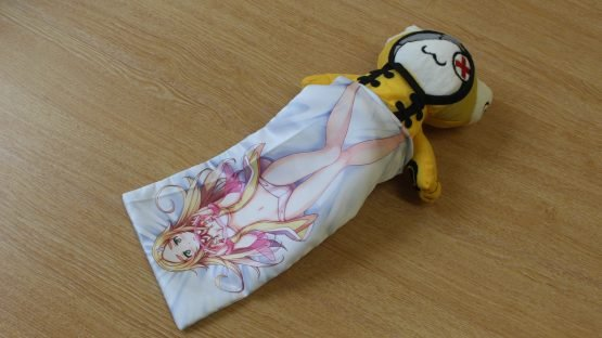 A Closer Look at the Gal*Gun 2 Free Hugs Edition Gaming Accessories Pouch 8