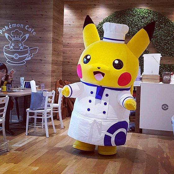 Pokemon Cafe pikachu closer